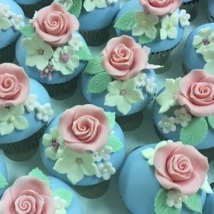 Floral Dome Cupcakes Class