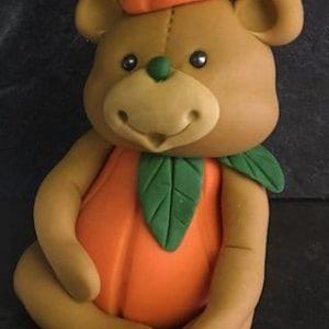 MODELLING CLASS - pumpkin Bear