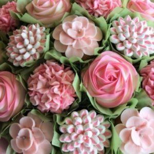 Mothers day Buttercream flower cupcake bouquet class